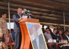 رئيس الوزراء اليمنى: الحكومة ستنشئ بنية تحتية جديدة بمدينة المكلا