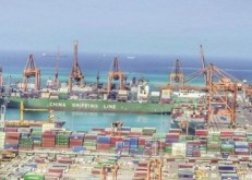 ارتفـاع صـادرات المملكة إلى 522 مليار ريال في النصف الأول.. والواردات تستقر عند 244.7 مليار ريال