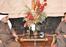 عمران خان: المملكة تقف دائماً مع باكستان