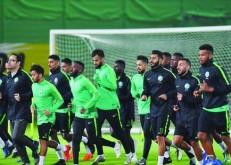 معسكر «الأخضر» ينطلق اليوم استعداداً للقاءي الإمارات وغينيا