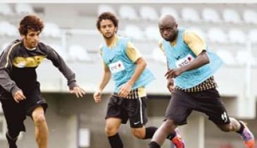 """اتحاد القدم يناقش مقترحا لتقليص أجانب """"زين"""""""
