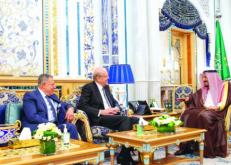 خادم الحرمين: المملكة تولي أهمية للحفاظ على لبنان واستقراره