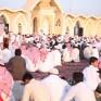 جموع المصلين يؤدون صلاة عيد الفطر المبارك في المصلى وجوامع الخفجي