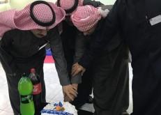 ثانوية الخفجي تحتفل بطالبها المتعافي من السرطان
