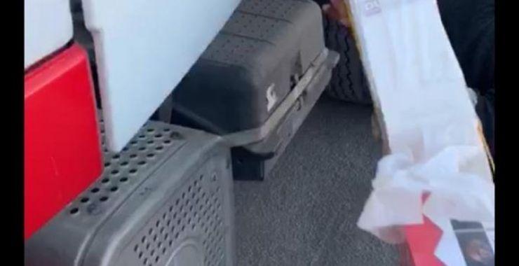 جمارك الخفجي تضبط 274 كرز دخان في شاحنه معده للتهريب