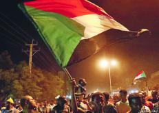 المعارضة السودانية تتمسك بشروطها.. ومبادرة جديدة للمهدي