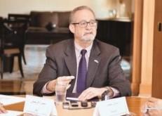 سفير أمريكا بالكويت: تحالف حماية النقل البحرى بهرمز لا يزال فى طور التبلور
