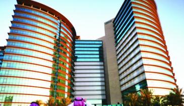 بنك الرياض يستعد لإطلاق مكتب لتحقيق رؤية 2030 في مبنى الإدارة العامة
