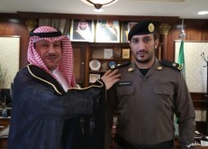 محافظ الخفجي يقلد الشهراني رتبته الجديده «رائد»