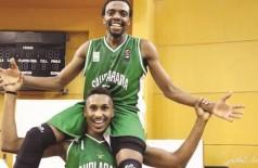 «أخضر السلة» يتجاوز مصر ويتأهل إلى نهائي «العربية»