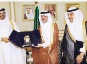 أمير المنطقة الشرقية: السعودية وقطر تعيشان تطورا اقتصاديا كبيرا