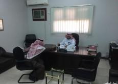 مدير تعليم الشرقية يستقبل عدداً من المستفيدين بالخفجي ويستمع لمطالبهم