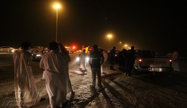 بالفيديو: نقل مصابين بأيدي مواطنين لإنشغال إسعاف الخفجي الوحيد بحادث أخر