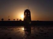 عدسة أبعاد.. غياهب الغروب في شاطئ الخفجي ، عدسة – أحمد الزهراني