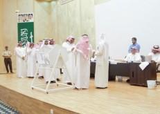 بالصور: بلدية الخفجي تجري قرعة علنية لتوزيع 196 منحة سامية