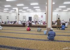 جماعة مسجد أبي أسيد بالغربية يؤدون الصلوات الخمس بعد اعادة بناؤه