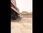 مواطن يرصد مقاول بلدية الخفجي يرمي مخلفات البناء في حي السلام