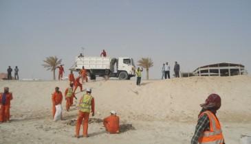 بالصور: بلدية الخفجي تزيل (350) متر مكعب من المخلفات وبقايا الأثاث التالف