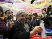 وزير الداخلية الإيراني يعلن فوز رجل الدين المعتدل روحاني بالرئاسة
