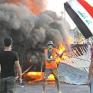 العراق: السيستاني يدعم الاحتجاجات.. والمتظاهرون يهددون بإسقاط الحكومة