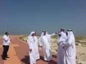 رئيس بلدية الخفجي يتفقد مشروع الشريط الساحلي
