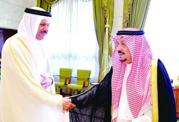 أمير الرياض يستقبل أمين مجلس التعاون الخليجي