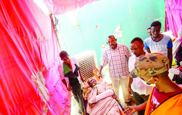 مندسون يطلقون النار على المعتصمين والجيش السوداني