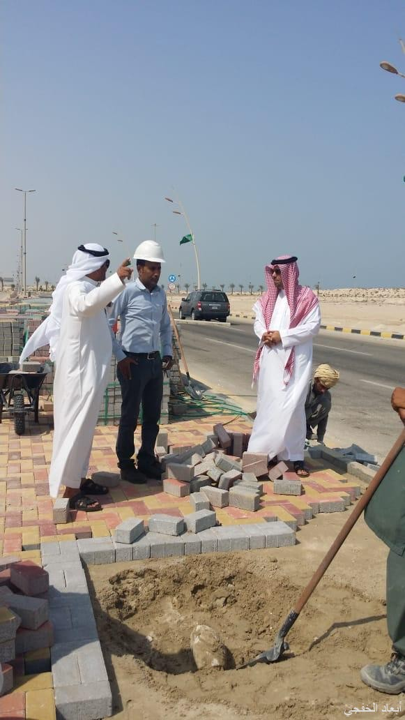 بلدية الخفجي تستكمل أعمال المرحلة الرابعة لصيانة وسفلتة الشوارع