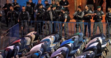قوات الاحتلال الإسرائيلى تقتحم المسجد الأقصى وتخرج المعتكفين بالقوة