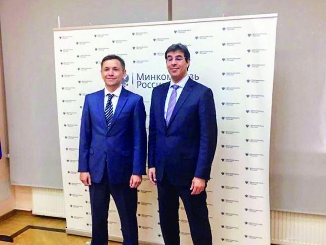 وزير الإعلام يبحث أوجه التعاون مع نظيره الروسي