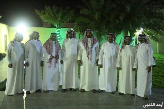 الرويلي يحتفل بنقل إبنه «سعود» لجمرك الخفجي