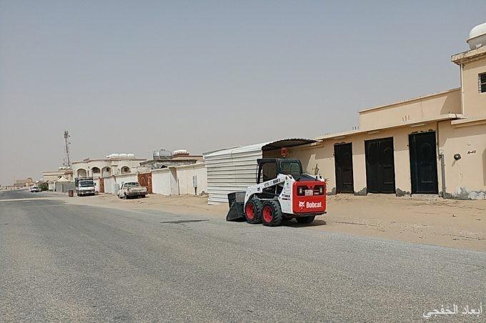 بلدية الخفجي ترفع أكثر من ٢٠٠٠٠ متر مكعب انقاض ورمال خلال الاسبوع الماضي