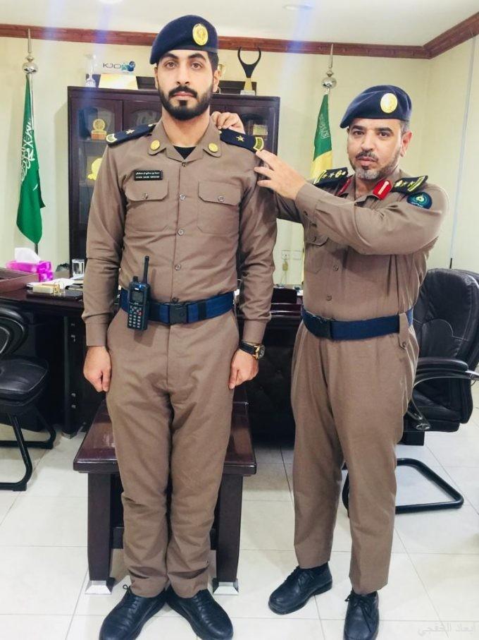 مدير الدفاع المدني يقلد الغامدي رتبة ملازم