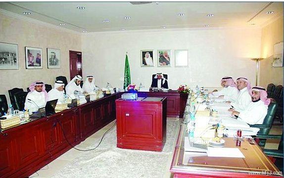 «الخطوط الحديدية» تعتمد شراء 4 قطارات ركاب حديثة.. وتطوير ساحات ميناء الرياض