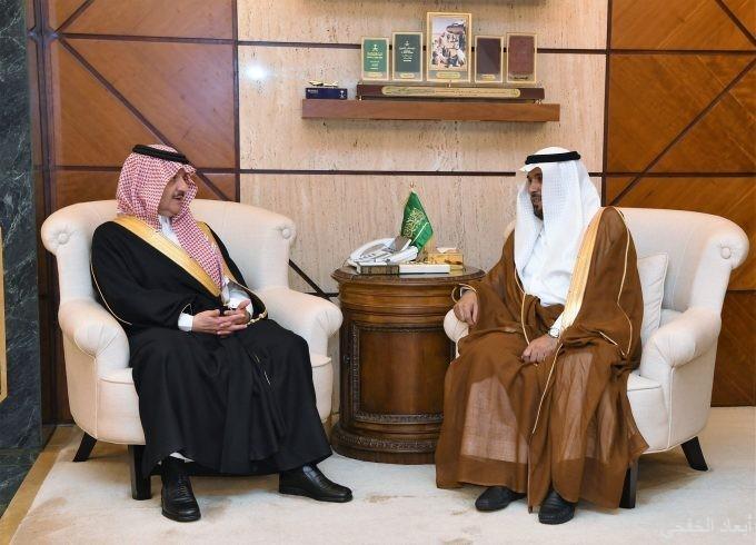 الامير سعود بن نايف يستقبل رئيس اللجنة التشغيلية لعمليات الخفجي المشتركة